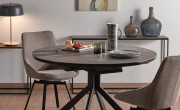 Столы и стулья —  незаменимая мебель для дома